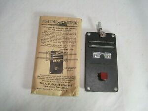 """OLD """" S """" GAUGE """"AMERICAN FLYER """" Track uncoupler...Excellent w/ instructions!"""