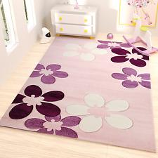 Teppich Kinderzimmer Blumen Muster in Pink Weiß und Lila mit Konturenschnitt
