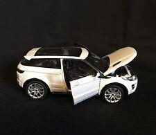 WELLY NEX 1:24 scale Land Rover Range Rover Evoque. White model car/SUV