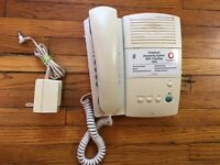 AT&T 1525 Telephone Answering System with Time Day Lucent Tech Cassette Corded