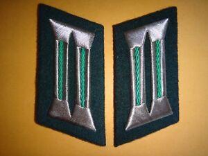 Paire De Allemand Militaire Officer Service Branche Col Badges
