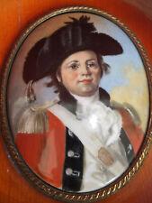 MEISSEN Portrait d'un jeune soldat anglais du XVIII°. Peinture sur porcelaine.