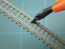XURON TRACK CUTTER 2175B / EXPO 75570 CUTS HORNBY & PECO TRACK SL100 ETC