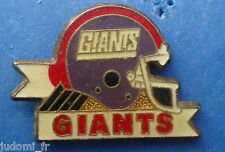Pin's pin FOOTBALL AMERICAIN CASQUE DES GIANTS (ref H34)