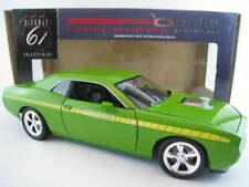 Plymouth Cuda Barracuda Concept Car HEMI 6.1 Verde  Highway 61  1:18  OVP  NEU