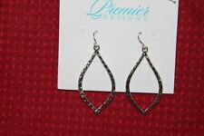 Premier Design Earrings (new) SILVER ESSENCE  (31123)