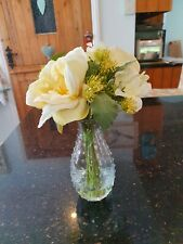 NEW hydrangeas, roses, Queen Anne's lace in pretty vase & resin water