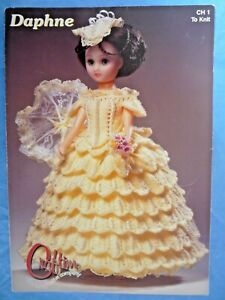 2000 CRAFTIME CH1 DAPHNE COSTUME BALLROOM DRESS HAT CLASSIC DOLL FC3193 TO KNIT