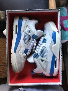Air Jordan 4 Retro Military Blue 2012 Size 9 Used