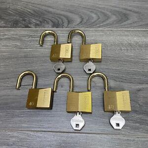 Lot Of 5 Federal Lock Co No 40 Padlocks Brass Heavy Duty Keyed Same 4 Keys