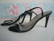 ROBERTO VIANNI LADIES SHOES - SIZE 40 - BLACK - MADE IN ITALY - CROSS STRAPPED