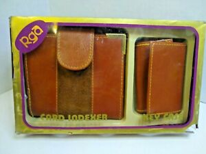 Roger Gimble Accessories Wallet and Key Holder  In box with damage