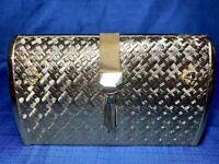 Vintage Hard Case Hardshell Evening Bag Purse Gold Metal Clutch Minaudiere Japan