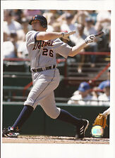 Chris Shelton Unsigned 8x10 Photo Detroit Tigers
