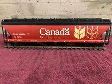 USA TRAIN 4 BAY CENTER FLOW HOPPER - CANADA
