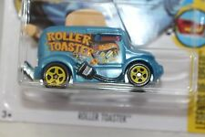 """2017 Hot Wheels ROLLER TOASTER New For 2017  """"D' Case NEW"""