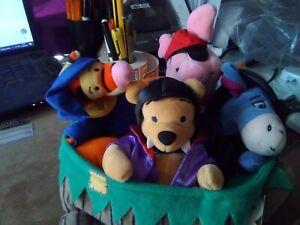 Disney Halloween wheelbarrow Pooh, piglet , Eeyore & Tigger Beanie Set, BNWT BHP
