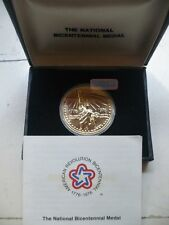 The National Bicentennial Medal 1776-1976 Statue Of Liberty W/box & COA mint.