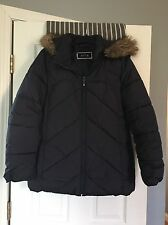 Ladies Coat By Apt. 9 Size L In Very Good Pre-owned Condition!