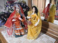 "VTG Pair INDIA WOMEN Dolls Hair Handmade Gold Trim Sari Veils Jewelry Stands 12"""