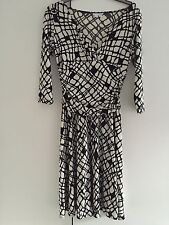 London Times Black&White Dress Size 6