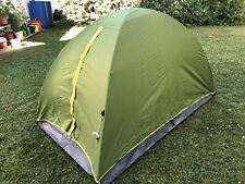 Camping Zelt Arpenaz  2 QUECHUA  für 2 Personen in grün
