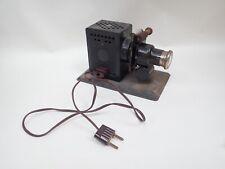 Ancien projecteur / lanterne films à vues fixes  35 mm à lampe / diapo