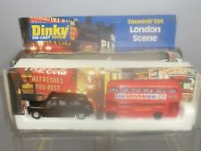 """DINKY TOYS GIFT SET  No.300 LONDON SCENE """"AEC ROUTEMASTER & FX4  TAXI""""    VN MIB"""