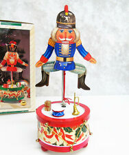 VTG Jay Imports MUSICAL WOODEN SOLDIER Music Box Moves Christmas Nutcracker Toy!
