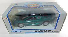 Welly 1/24 Scale Diecast Model Car - Jaguar XJ220 - Green