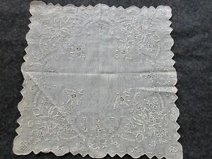 ANTIQUE MADEIRA LINEN HAND EMBROIDERED BRIDAL HANDKERCHIEF/HANKIE