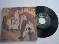 EP 4 TITRES VINYLE 45 T , THE TROGGS , WITH A GIRL LIKE YOU . G + / G + .