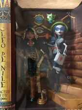 Monster High Doll CLEO DE NILE EGYPT GHOULIA YELPS MATTEL VAULT EXCLUSIVE LOT
