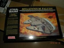 FINEMOLDS STAR WARS 1/72 MILLENNIUM FALCON FINE MOLDS KIT starwars