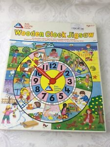 Early Learning Centre Wooden Clock Jigsaw Puzzle Vintage Retro c. 1990's V745