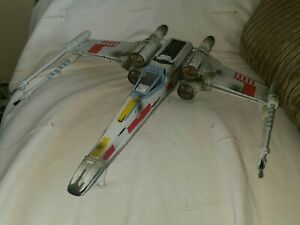 hasbro Star Wars X-Wing Fighter Lucas Film 2002 working wings xwing ship
