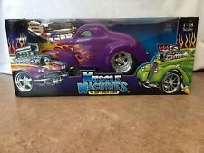 1:18 Muscle Machine 1941 WILLY'S COUPE In PURPLE W/FLAMES