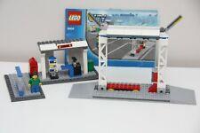 LEGO CITY Kiosk Bus Stop News Stand Tram Taxi
