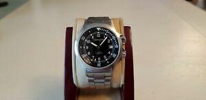 Authentic Hamilton Khaki 660 ft., H775150, black dial automatic men's watch