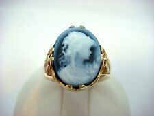BLACK ONYX CAMEO RING 3 COLOR 10K GOLD, 6.9 GRAMS, SIZE 7.
