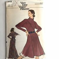 Vintage Very Easy Vogue Sewing Pattern 8436 Size 14 Maxi Dress with Collar Knits