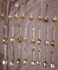 Collection 24 petites cuillères à café souvenir métal argenté chromé - Lot 10