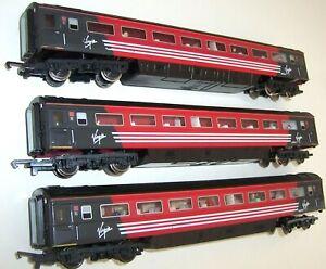 """3 x Hornby - OO Gauge Virgin 42090 """"E"""" MK3 TS Standard Open InterCity Coaches"""