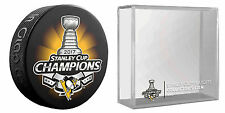 PITTSBURGH PENGUINS 2017 NHL STANLEY CUP CHAMPIONS HOCKEY PUCK & PUCK HOLDER