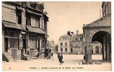CPA 35 - VITRE (Ille et Vilaine) - 82. Vieilles Maisons de la Halle aux Grains