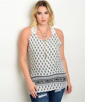 WOMEN'S PLUS SIZE BLACK AND WHITE WITH CROCHETED LACE BACK TOP 1XL NWT