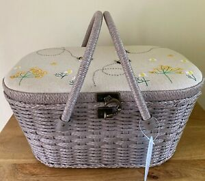 SEWING BASKET BOX STUNNING WICKER LINEN BEE DESIGN LARGE SUPER QUALITY