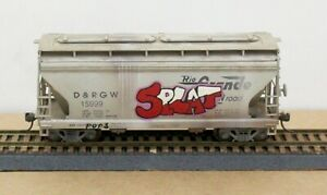 Accurail ? HO D&RGW ACF Covered Hopper Built Weathered KDs MW Graffiti NICE!!