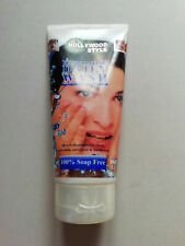 Hollywood Style Exfoliating Daily Wash 150ml Pack of 8