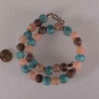 8145 Halskette aus recycelten Glasperlen Krobo und Bronze Elemente